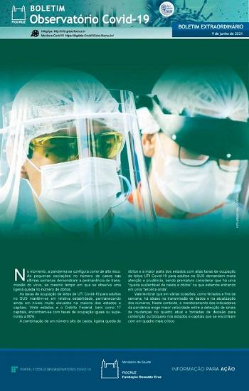 Dois médicos usando máscaras